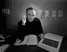 McLuhan: cien años