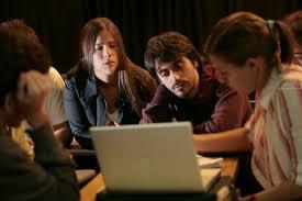 Comunicación, consumo y producción cultural de los jóvenes en los nuevos medios